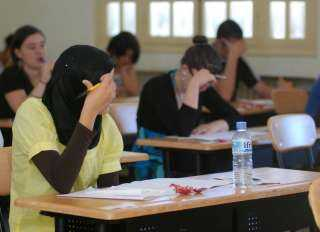 """""""المعلمين"""" : وفاة مراقب بالثانوية العامة إثر غيبوبة سكر"""