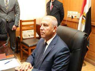 وزير النقل يكشف تفاصيل إنشاء مصنع مونوريل وقطار كهربائي في مصر