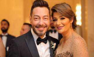 أحمد زاهر يتغزل في زوجته يوم ميلادها: حبيبتي أم بناتي