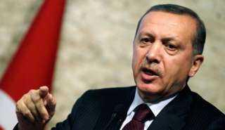 داوود أوغلو يشن هجوماً على الديكتاتور التركي: فاسد