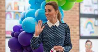 الأميرة كيت ميدلتون تبهر محبيها بفستانها الأنيق.. وهذا سعره