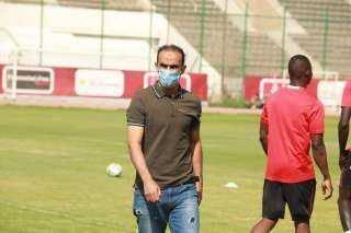 """عبد الحفيظ يعقد جلسة مع """"سيزا"""""""