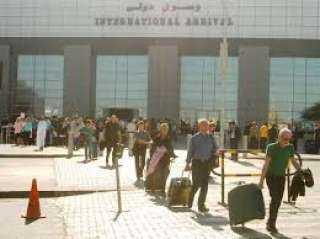 الغردقة تستقبل 271 سائحا من أوكرانيا وبيلاروسيا
