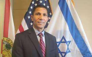 عنده 49 سنة ويري أن إسرائيل دولة رائعة.. 10 معلومات عن أول سفير عربي للصهاينة في الخارج