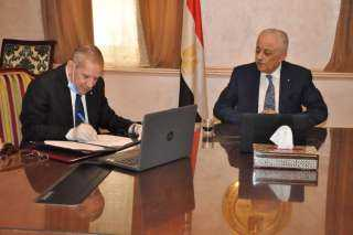 """بالتعاون مع وزارة الاتصالات """" التعليم"""" تطلقمدرسة التكنولوجيا التطبيقية للاتصالات"""