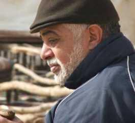 """اشتري مقتنيات رؤساء مصر وله قصة مثيرة مع الملك فاروق   ..معلومات لا تعرفها عن عمدة """"الاكسسوار """" في السينما والدراما"""
