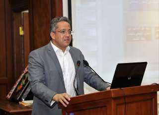 وزير السياحة يحذر الفنادق المخالفة لإجراءات مواجهة كورونا بالغلق الفوري