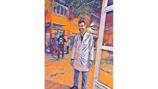 ماذا تعرف عن «دكتور الخير»؟.. قصة صيدلي كرّس نفسه لخدمة مصابي كورونا مجانًا