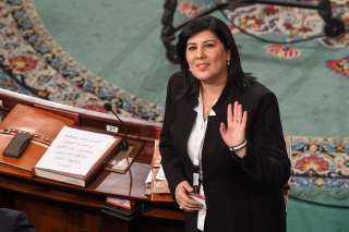 ننشر القصة الكاملة لتهديدات الإخوان لـ عبير موسي داخل البرلمان التونسي