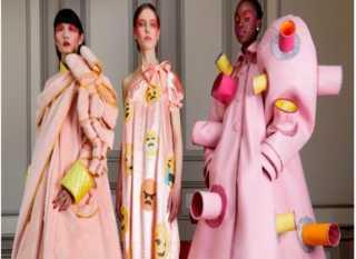 تعرف على أغرب عروض أزياء باريس في زمن الكورونا