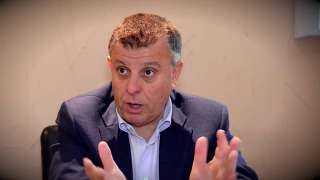 رئيس جامعة عين شمس ونائبه يتفقدان الامتحانات بكلية الطب