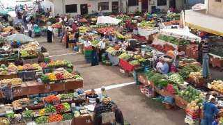 ننشر أسعار الخضراوات والفاكهة بسوق العبور اليوم
