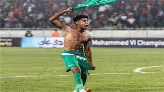 منافس الزمالك.. حميد أحداد يفوز بجائزة لاعب شهر يوليو بالرجاء المغربي