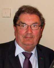 وفاة جون هيوم مهندس اتفاق السلام في أيرلندا الشمالية