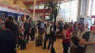 اتحاد الغرف السياحية: حظر تنقل السائحين الأجانب خارج المحافظات الثلاث المسموح بزيارتها