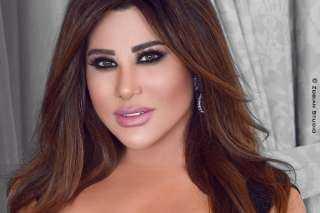 ولاد الأفاعي دبحونا و قتلوا بيروت الجميلة ..نجوي كرم تهاجم كبار المسئولين في لبنان