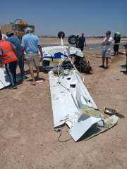 بالصور .. تفاصيل سقوط الطائرة الشراعية الخاصة بالجونة
