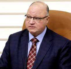 محافظ القاهرة يبحث استعدادات العاصمة لانتخابات مجلس الشيوخ