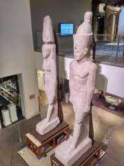 مصر تستعيد تمثالين ملكيين من أمريكا لعرضهما بالمتحف المصرى الكبير