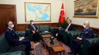 عاجل وخطير.. وزير دفاع تركيا يلتقي سفير أمريكا بأنقرة عقب ترسيم الحدود بين مصر واليونان
