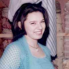 نورهان تنشر صورة من 19 عام وتعلق: عندي خدود