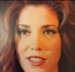 حكايتها مع الكبار في السلطة .. حقائق مثيرة عن الممثلة منال عفيفي زوجة الرجل الثاني في مصر
