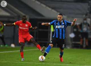 إنتر ميلان يتأهل لنصف نهائي الدوري الأوروبي على حساب ليفركوزن