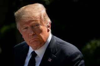 إطلاق نار خارج البيت الأبيض يصيب ترامب بالذعر
