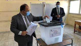 وزير المالية يدلى بصوته فى انتخابات مجلس الشيوخ بمدينة 6 أكتوبر