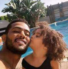 """فيديو.. محمد رمضان يحتفل بعيد ميلاد ابنته """"كنزى"""" على طريقته الخاصة"""