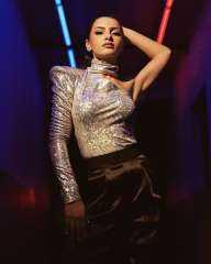 """بالفيديو.. كارمن سليمان تطرح أغنية """"لينا رقصة"""" عبر اليوتيوب"""