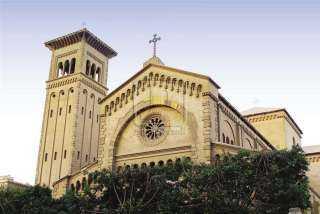 بعد صيام 15 يوما.. كنائس الروم الأرثوذكس والكاثوليك تحتفل بعيد العذراء