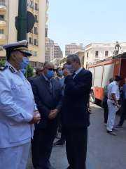 بالصور .. التفاصيل الكاملة لإنهيار عقار شارع قصر النيل بالعاصمة