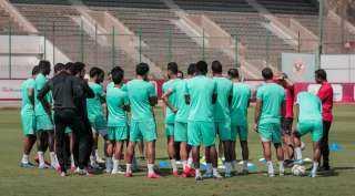 تدريبات بدنية شاقة للاعبي الأهلي استعداداً لمواجهة نادي مصر