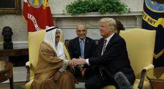 بالصور.. ممثل أمير الكويت يتسلم «وسام الاستحقاق الأمريكي» من ترامب