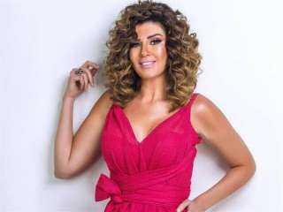 """رانيا فريد شوقي تتعاقد علي المشاركة في """"ضربة معلم"""" أمام محمد رجب"""