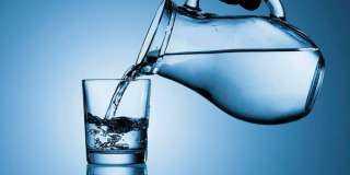 8 فوائد لشرب الماء.. تعرف عليها