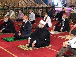 رئيس القطاع الديني يوضح قرارات وزارة الأوقاف بشأن صلاة الجنازة وحظر الدعاية الانتخابية