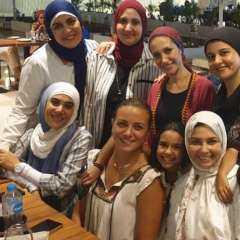 """صورة.. ريهام عبد الغفور تثير الجدل.. ومتابعوها يتهمونها بـ """"التنمر"""" على المحجبات"""