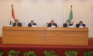 مجلس جامعة القاهرة يعتمد استراتيجية العام الدراسي الجديد