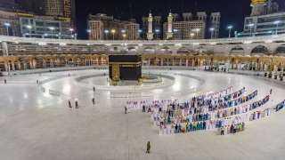 غداً .. السعودية تستقبل أول أفواج المعتمرين من خارج المملكة