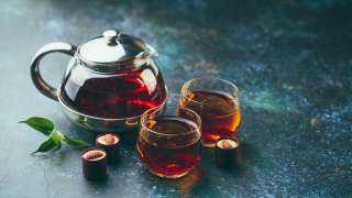 «الماء المغلي خرافة».. ما هي الطريقة الصحيحة لتحضير الشاي؟