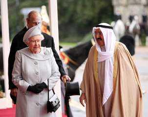 «سيبقى في ذاكرة الجميع».. الملكة إليزابيث تنعي الشيخ صباح الأحمد بكلمات مؤثرة