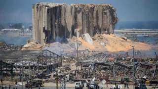 ملياردير غامض.. لبنان تطالب الإنتربول الدولي بالقبض علي المجرم الحقيقي في تفجيرات بيروت