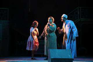 """""""أفراح القبة"""" يعود من جديد على المسرح العائم"""