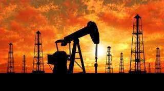 صعود أسعار النفط مع انخفاض مخزونات الخام الأمريكى .. إعرف التفاصيل