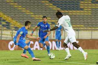 صحيفة مغربية: الكاف قرر تأجيل مباراة الزمالك والرجاء