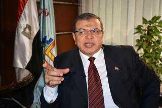 وزير القوى العاملة يتابع مستحقات مصري توفى في حادث دهس بالكويت