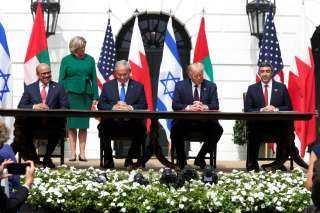 الإمارات تطلب من إسرائيل فتح سفارتين في تل أبيب وأبوظبي في أقرب وقت