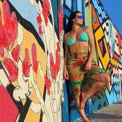 بعد إثارتها الجدل برقصها المثير.. أجرأ 10 صور للراقصة البرازيلية لوردينا تبرز أنوثتها